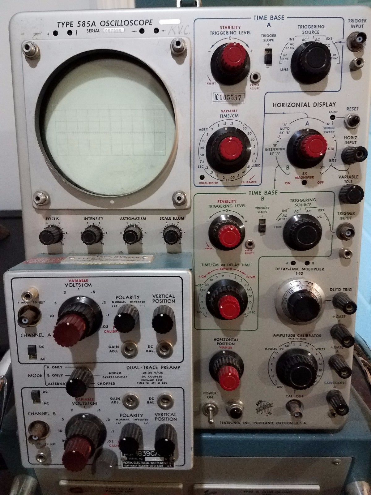 Tek 585a with 81a and hickok plugin.jpg
