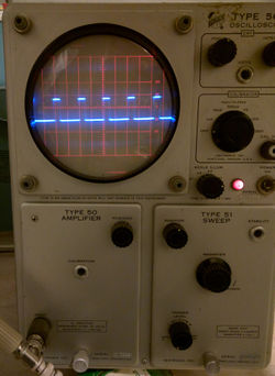 560 tekwiki rh w140 com Tektronix Oscilloscope Tektronix Inc
