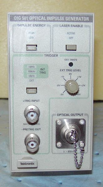 File:Tektronix OIG501 Optical Impulse Generator 2 Cropped.JPG